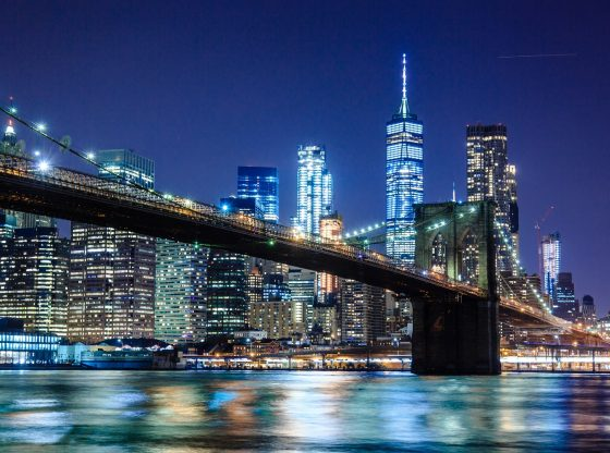 new york city photography-of-bridge-during-nighttime-1239162